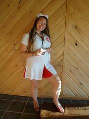 Say Ahhh! *Sexy nurse halloween costume review*