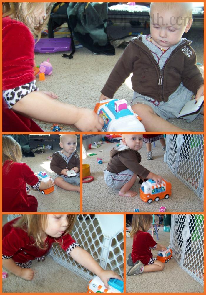 WOW Toys Casey the Camper Van