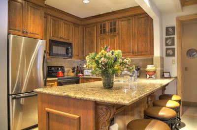 creekside_kitchen
