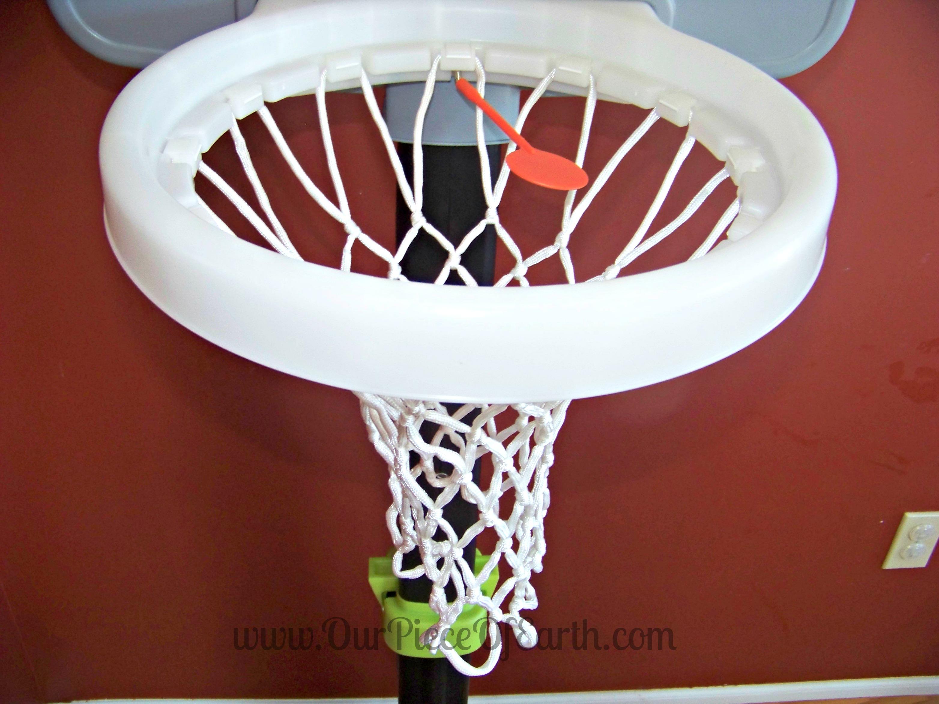 Step2 Light-It-Up Junior basketball hoop